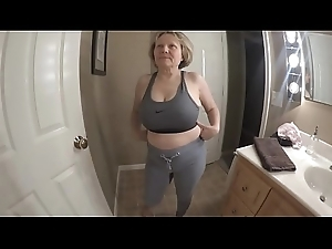 Heavy tits admirable ass sporty GILF
