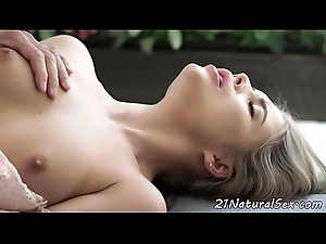 Classy eurobabe fucked till such time as jizz flow