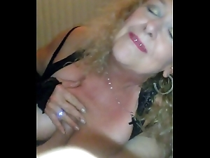 Leeza Piratez,Needlie loves connected with sucknfuck her husbands comrades when he'_s at work..