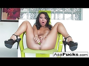 Here is a sexy bore solo of the sexy Asa Akira